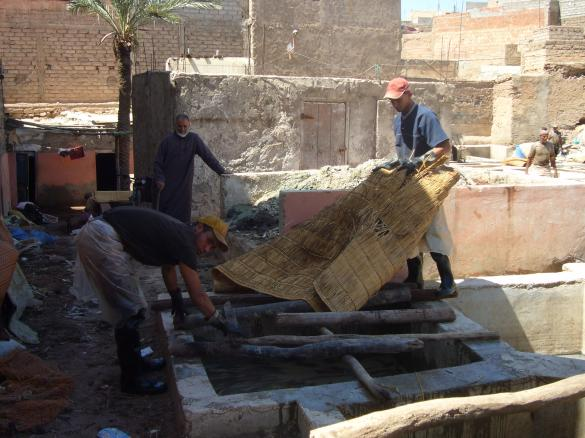 Men working at the tanneries