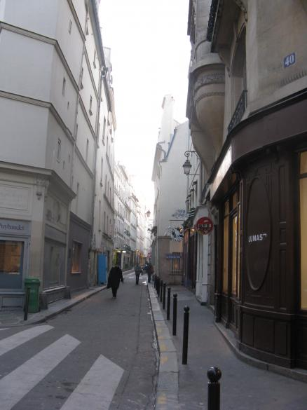 A quiet street in the 6eme arrondisement, Paris