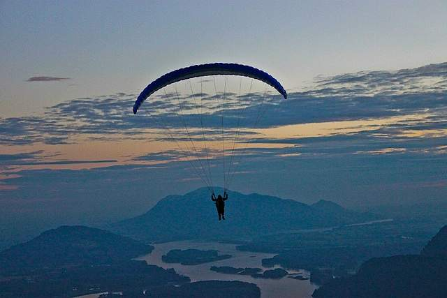 Paragliding Mountain Flight @ Mt. Woodside