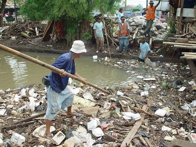 Jakarta slum 2