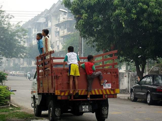 Kids on lorry
