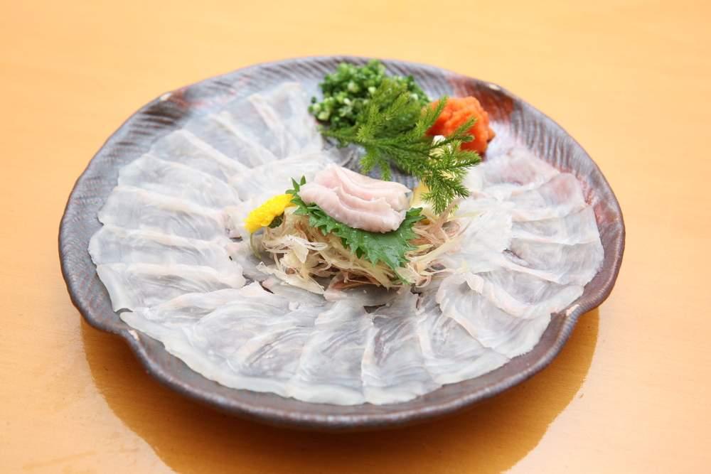 dangerous foods, puffer fish sushi, Japan