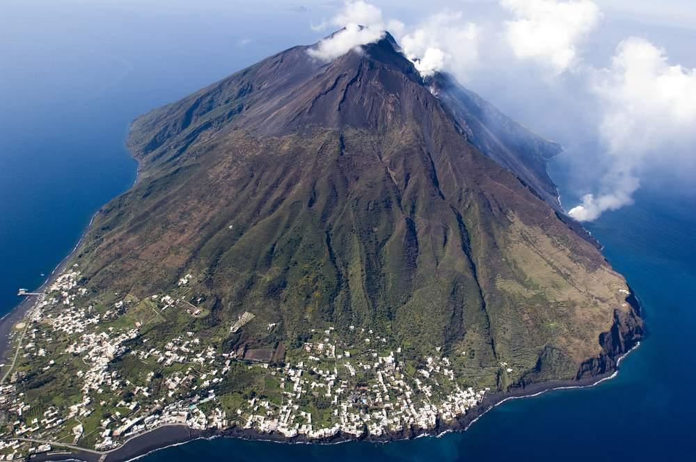 Volcano in Italy, Stromboli Island