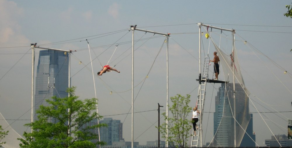 Learn to fly on the trapeze in New York