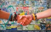 Create a Traveling Circus: The Art of Keeping in Touch with Fellow Travelers