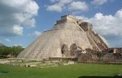 A Guide to Visiting Maya Ruins in Central America (Get There While You Still Can!)
